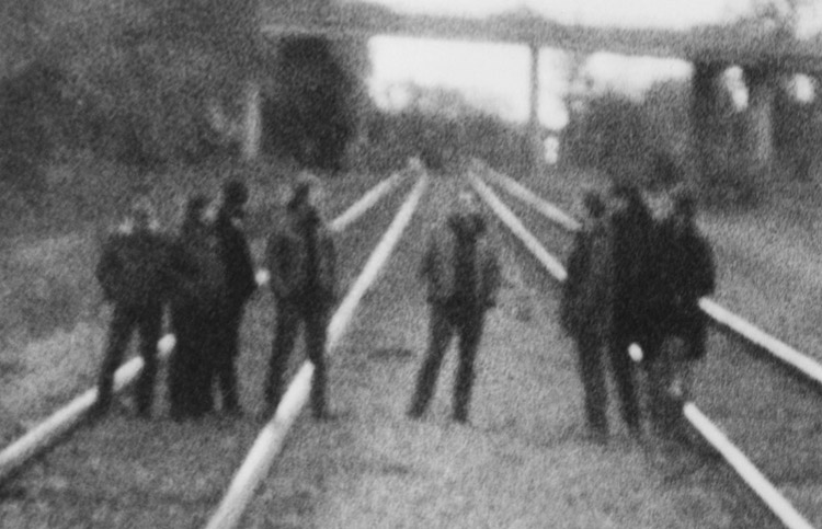 "Escucha ""Asunder, Sweet and Other Distress"", el nuevo disco de Godspeed You! Black Emperor"